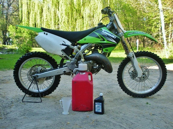 2-stroke dirt bike pre-mix