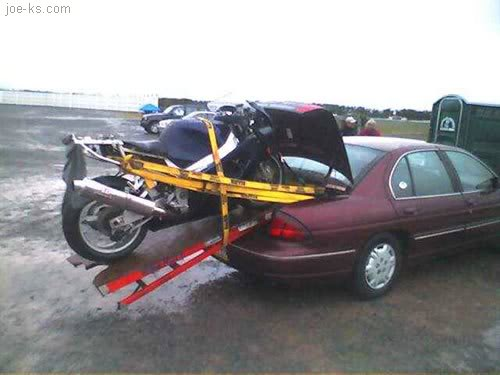Poorly Built Motorcycle Carrier What To Look For When Buying A Dirt Bike Hitch Carrier