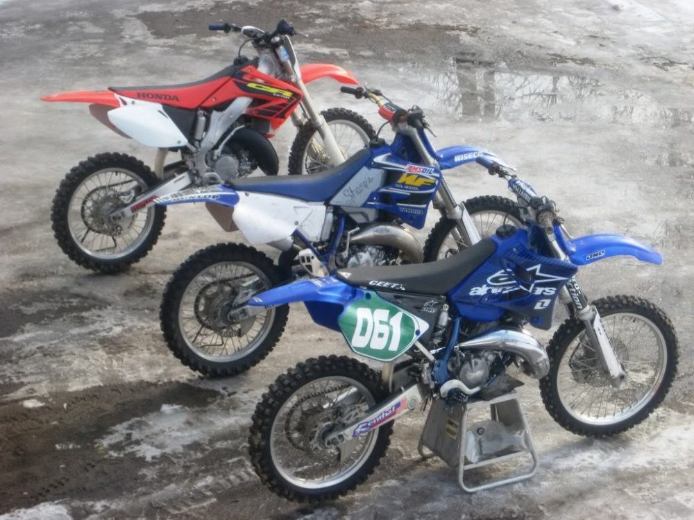 Honda and Yamaha 125cc 2 stroke dirt bike