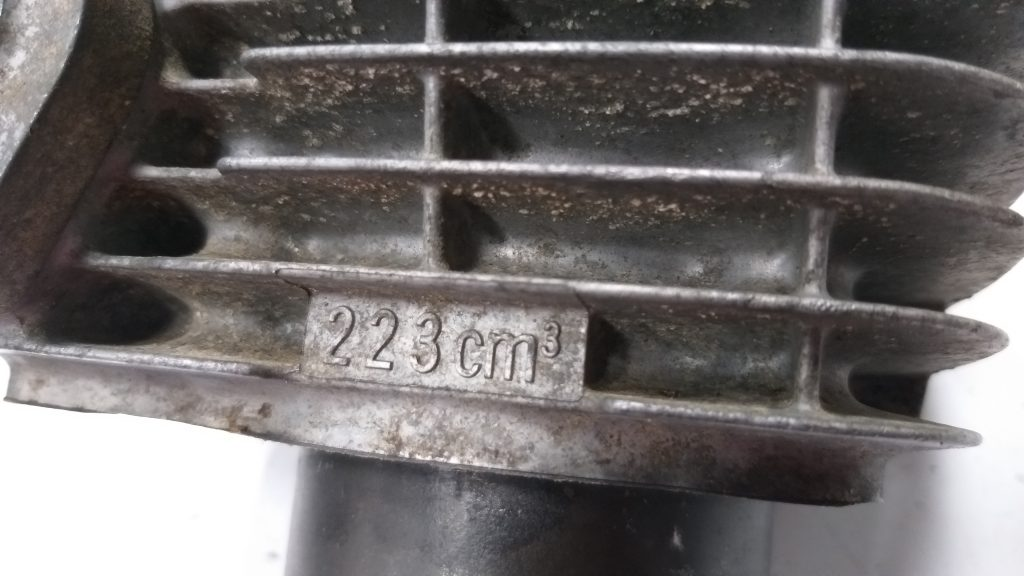 """CRF230F cylinder showing the """"CC"""" size"""