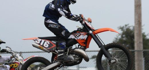 Alpinestars Tech 3 motocross racing boots