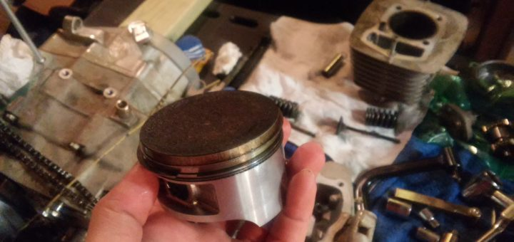 CRF230F Engine Rebuild CRF230F Piston Kit - Which One Is Best? [Wiseco/BBR/Athena]