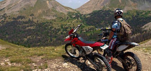 2 Stroke vs 4 Stroke Trail Riding
