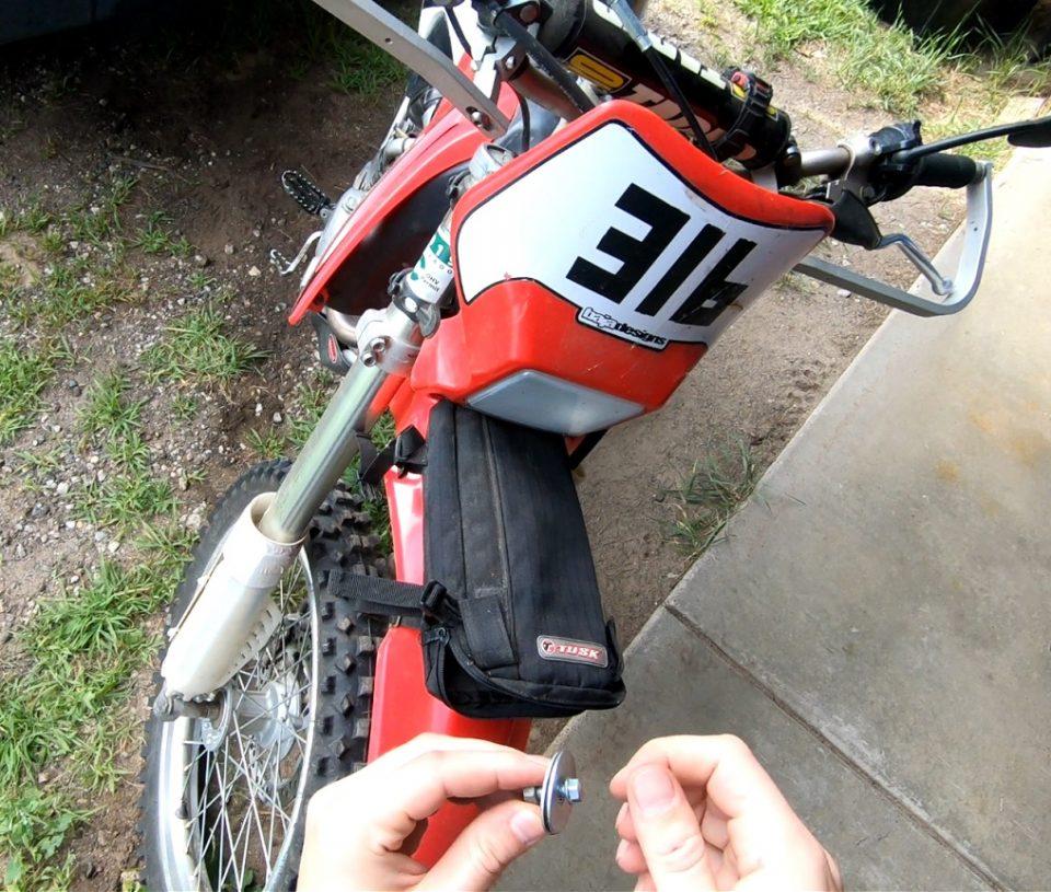 Fender Bag Dirt Bike Tool Kit List For Trail Riding [Essentials Guide]