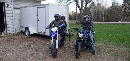 Supermoto dirt bike vs street bike motorcycle